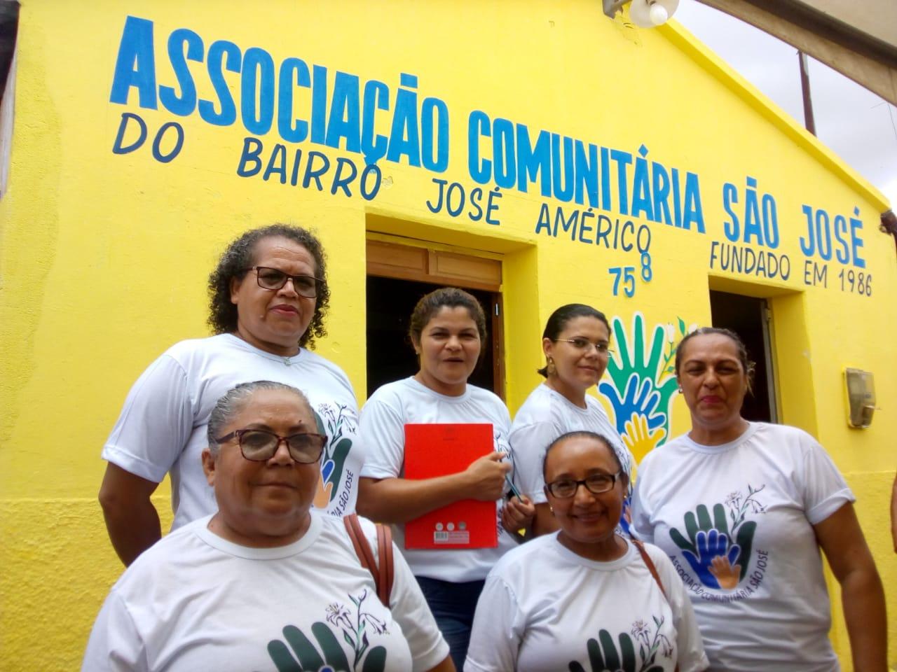 Photo of Associação comunitária de Mari faz parceria com Academia de Cordel para instalar projeto Biblioteca Viva