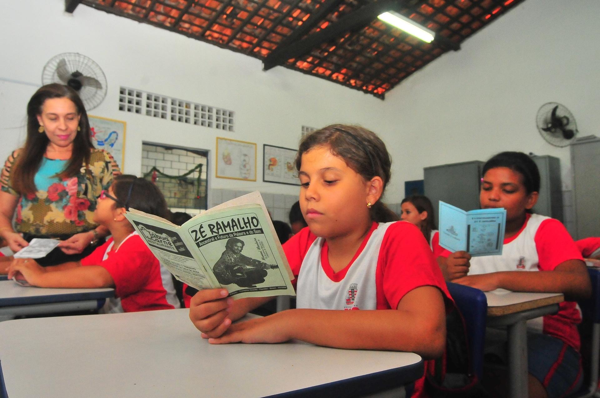 Photo of Uso do cordel ajuda escola de João Pessoa a liderar ranking de educação