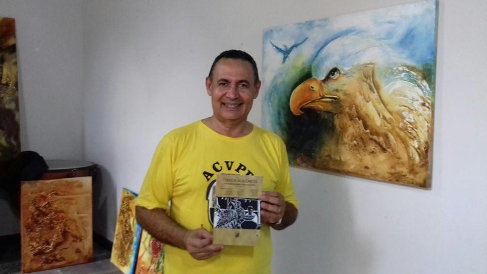 Photo of Thiago Alves lança coletânea em abertura de exposição no Casarão dos Azulejos