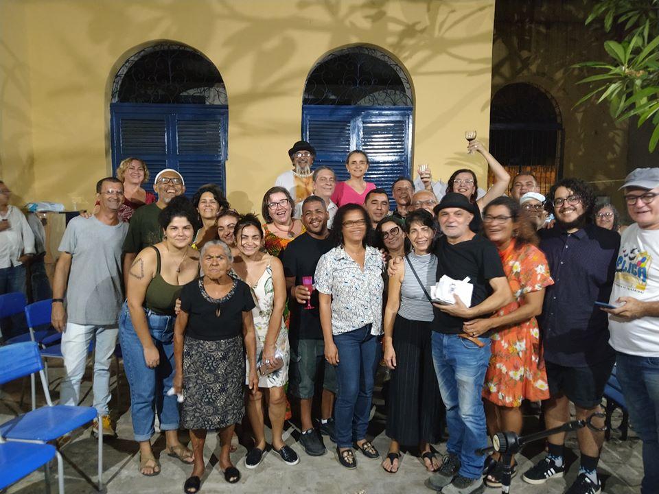 Photo of Amigos do poeta Gerimaldo Nunes se encontram no Casarão dos Azulejos para celebrar sua memória